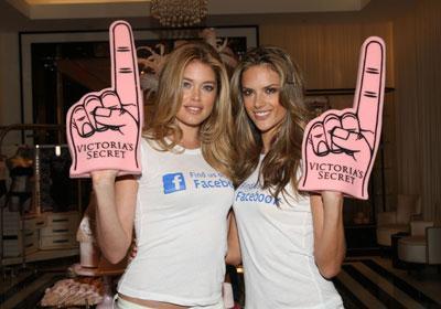 """5 lý do mọi người không thể """"like"""" bạn trên Facebook"""